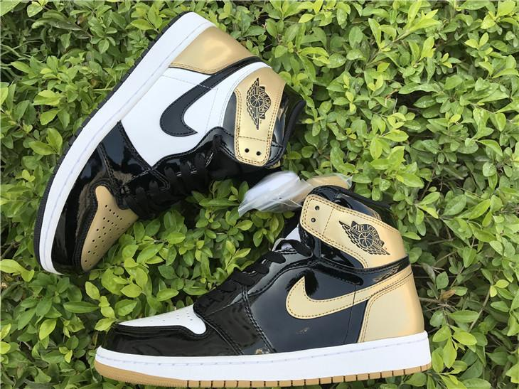 Air Jordan 1 Top 3 Black Golden