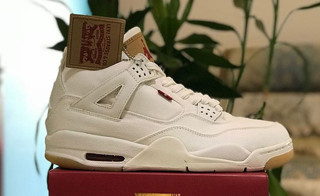 Levis x Air Jordan4 AJ4 White AO2571-401 For Sale