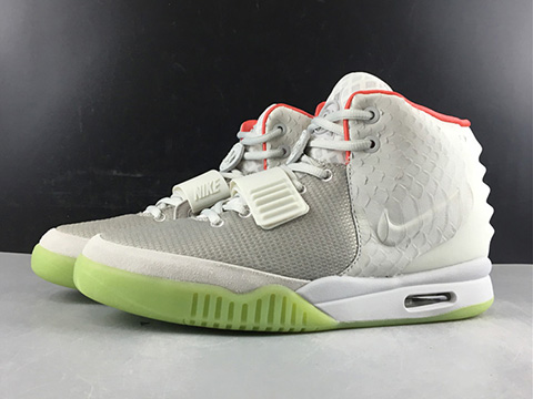 Air Yeezy 2 NRG Wolf Grey Pure Platinum 508214-010 Released