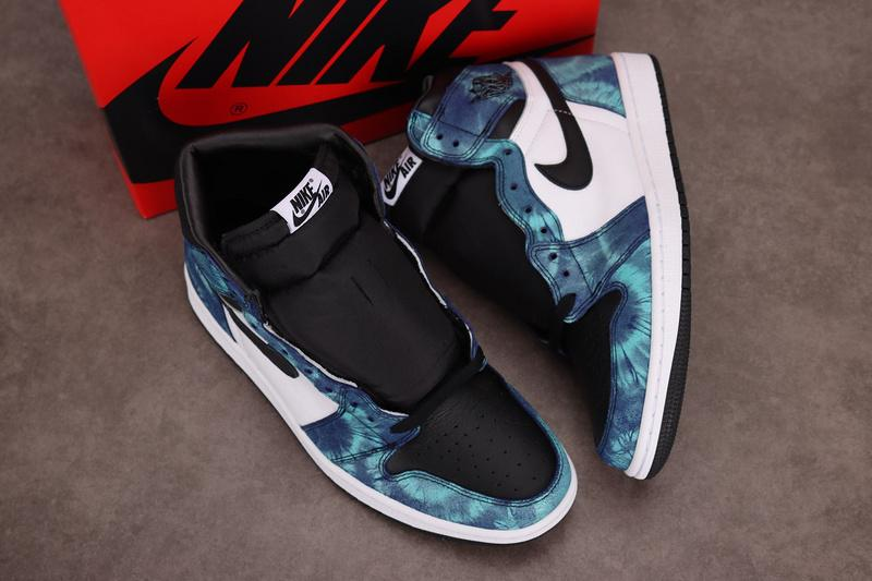 Air Jordan 1 Retro Wmns High OG Tie-Dye CD0461-100