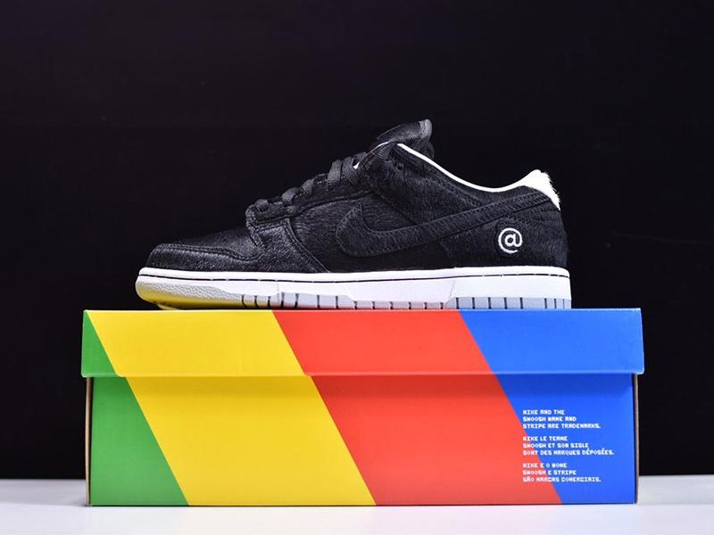 Medicom Toy x Dunk Low SB BE-RBRICK CZ5127-001 Released Sale